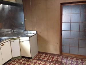 食器棚、テーブル等の引き取り後