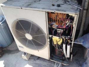 業務用エアコン室外機の取り外し処分 すべてお任せください。