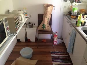 キッチン掃除前1