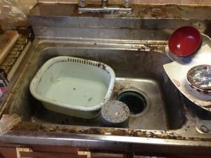 キッチン清掃前2